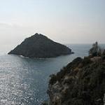 220px-Isola_Bergeggi