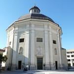 220px-Loano-chiesa_San_Giovanni2