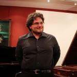 20130717-francesco-mazzoli-applausi-concerto-clavicembalo-parigi