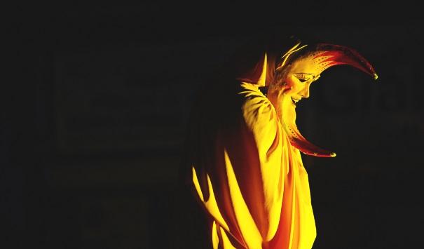 Pietra Ligure-Vertical Emotions, magia e incanto