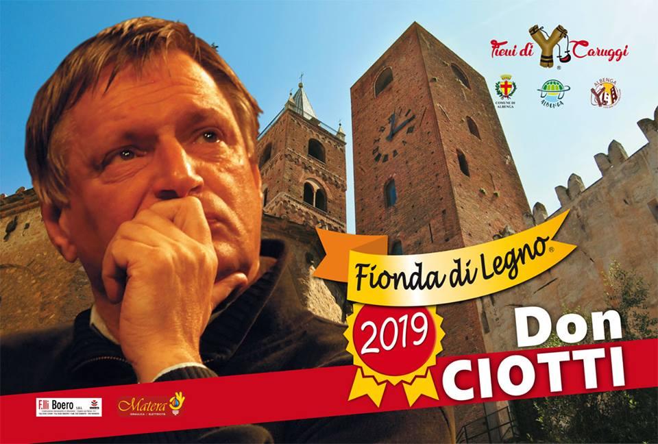 Albenga-Assegnazione Fionda di Legno a Don Ciotti